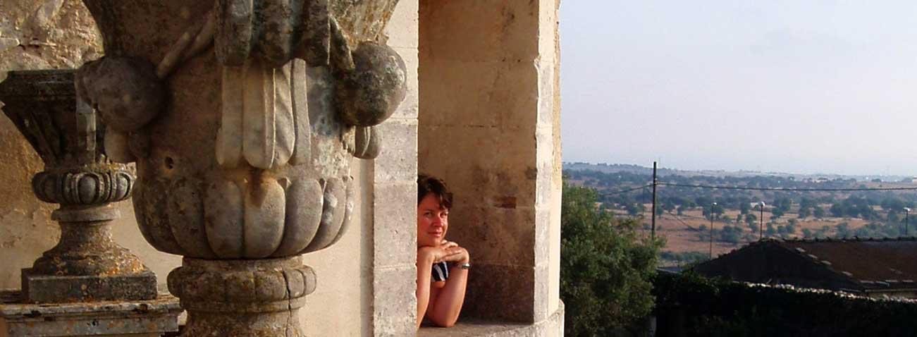 castello donnafugata guida turistica sicilia
